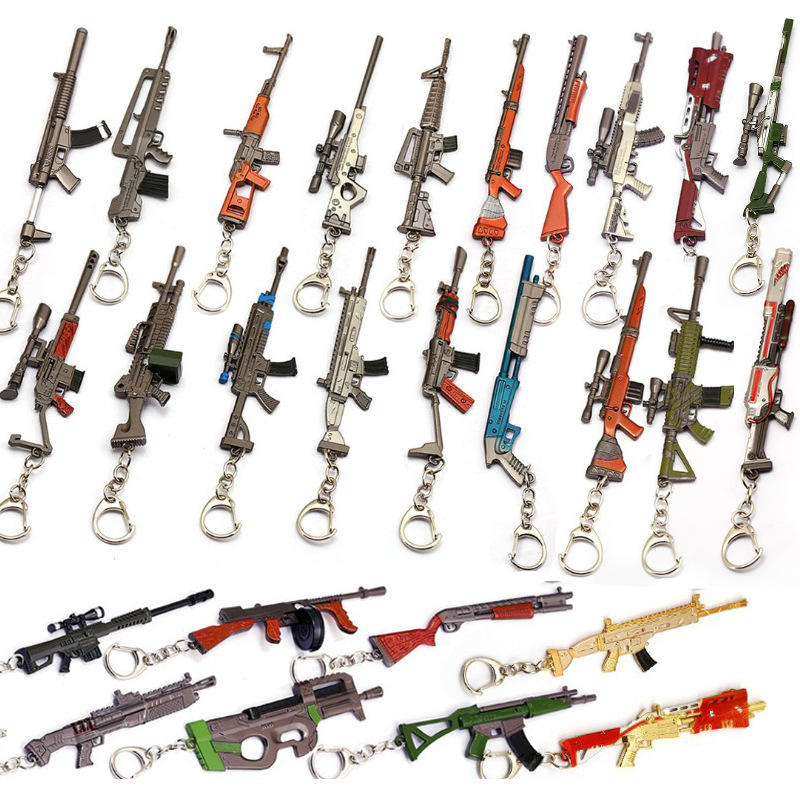 Game Playerunknown's Battleground CSGO Weapon Pan Keychains AK47 Gun Model 98K Rifle Key Chain Ring for Men Gifts Souvenirs 12CM
