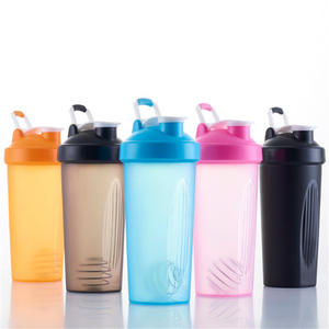 Custom Logo Gym Protein Shaker Bottles Water With Scale Cup Plastic Powder Shakers Sport Water Bottles 600ml With Mixer Ball