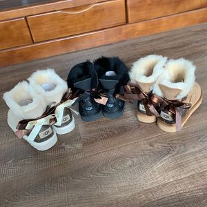 Wholesale Fashion Ladies Sheepskin Shoes Moulti Color Women Winter Snow Boots Lamb Wool Fur Boots With one Bows