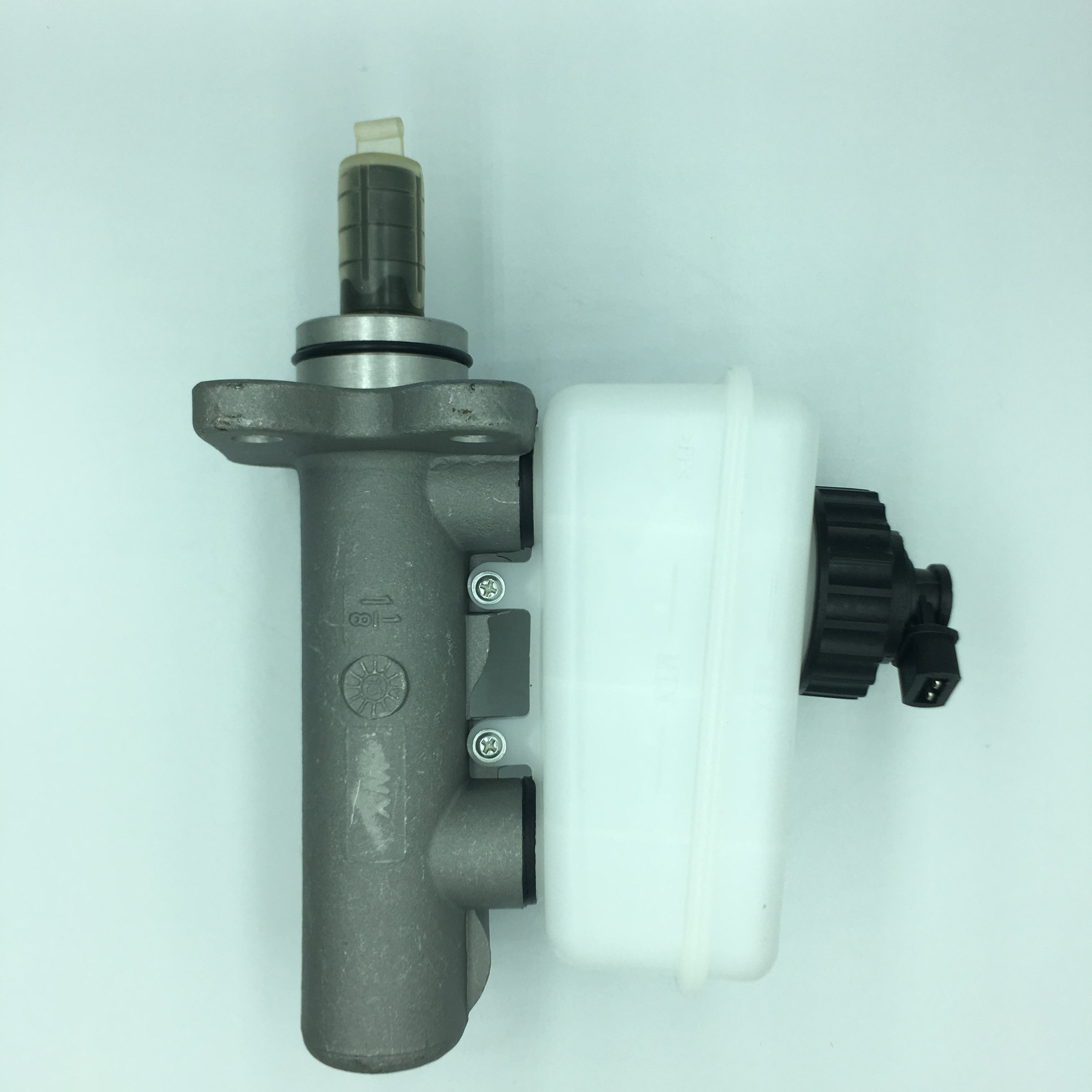 Hot selling high quality automotive accessories brake master pump assembly 6461