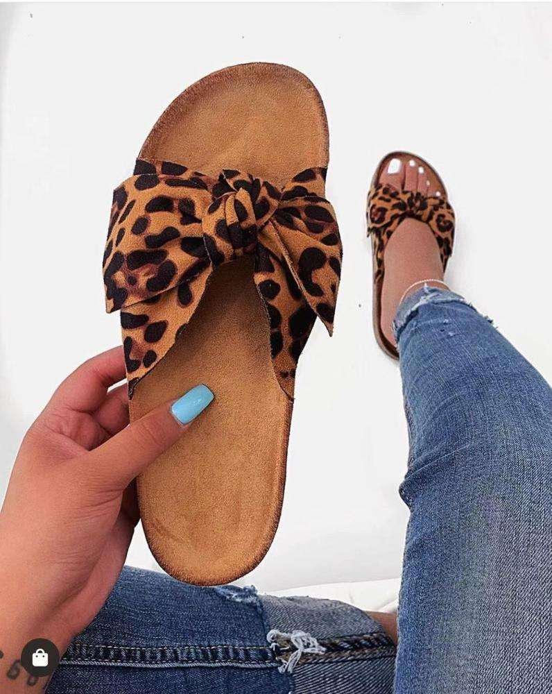 Factory Price Wholesale Flat Shoe Women Slipper Fashion shoes Flat