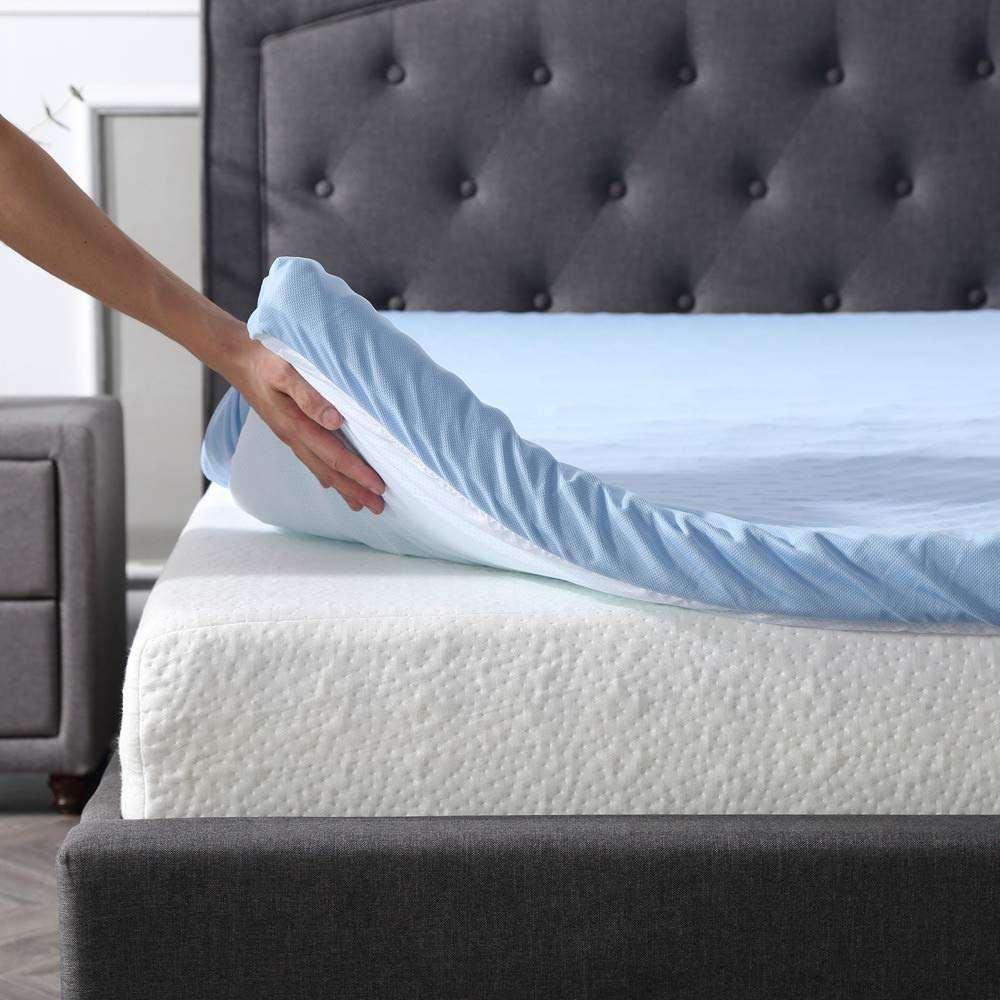 Mattress bed masturbation — photo 4