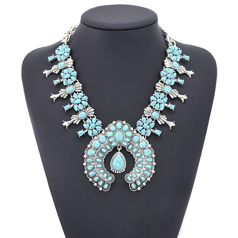 2019 Boho Ethnic Large Collar Big Choker Necklace Women Resin Stone Necklaces Pendants Jewellery Indian Statement Maxi Necklace