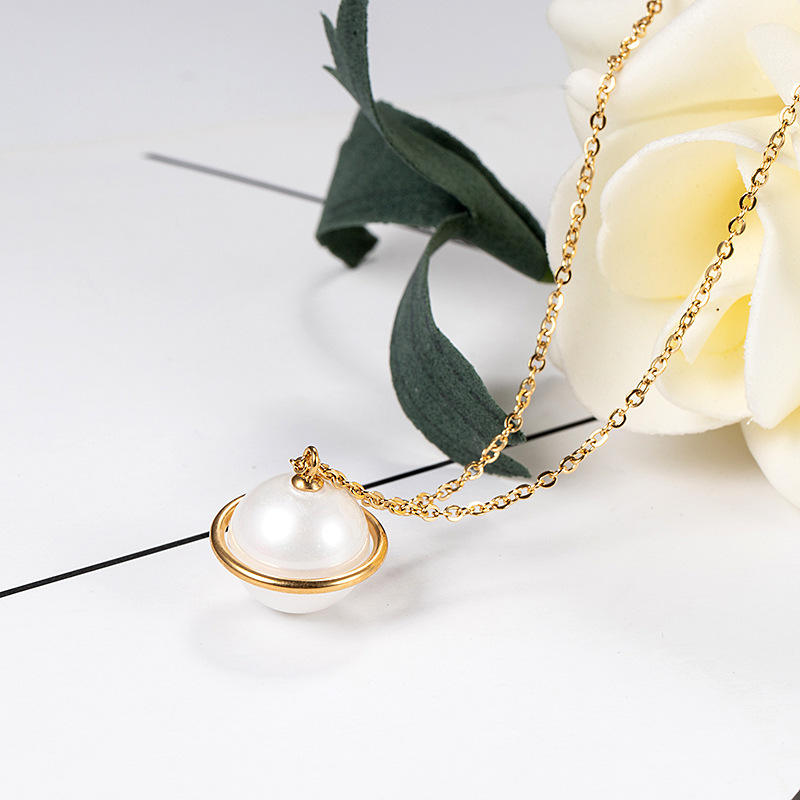 Fashion Planet Shaped Pearl Pendant Clavicle Necklace