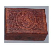 wooden Fine OM carved box