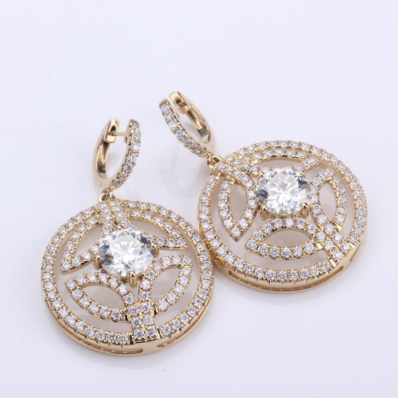 Luxury earring 18K yellow gold lab grown diamond with DEF VS color Jewelry for wedding earring