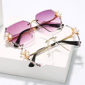 2020 High Quality Women Diamond Sunglasses With Pearl BLING BLING Sunglasses