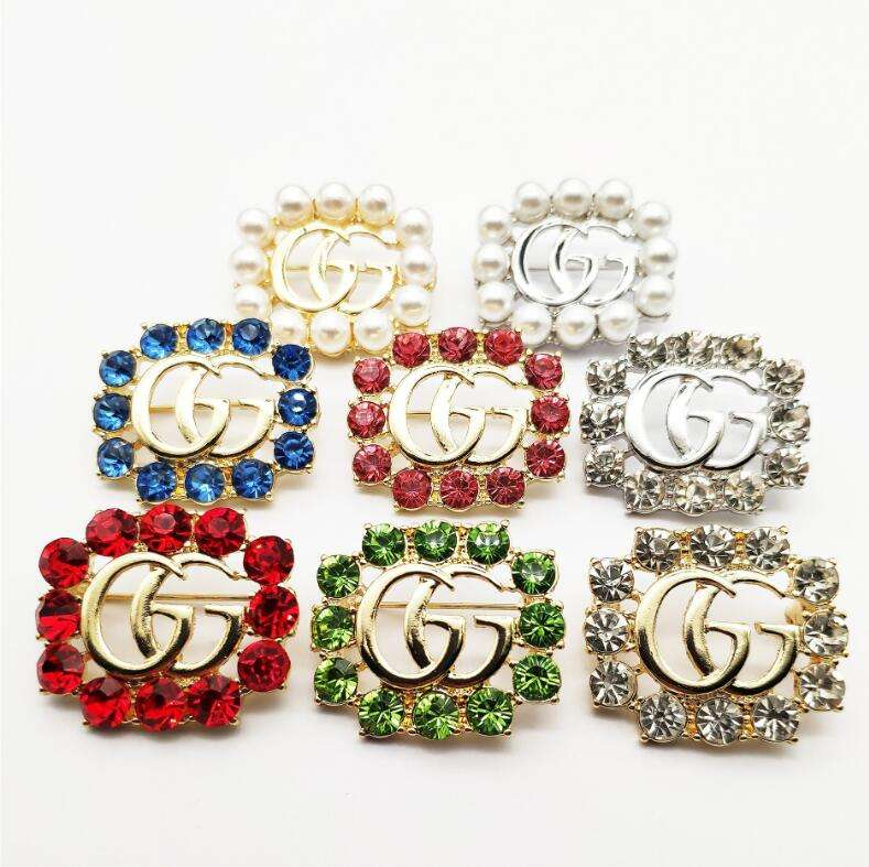 Fashion charm diamond rhinestone crystal Pearl Hollow letter Word g brooch pin Corsage brooches Wedding Women Jewelry Accessory