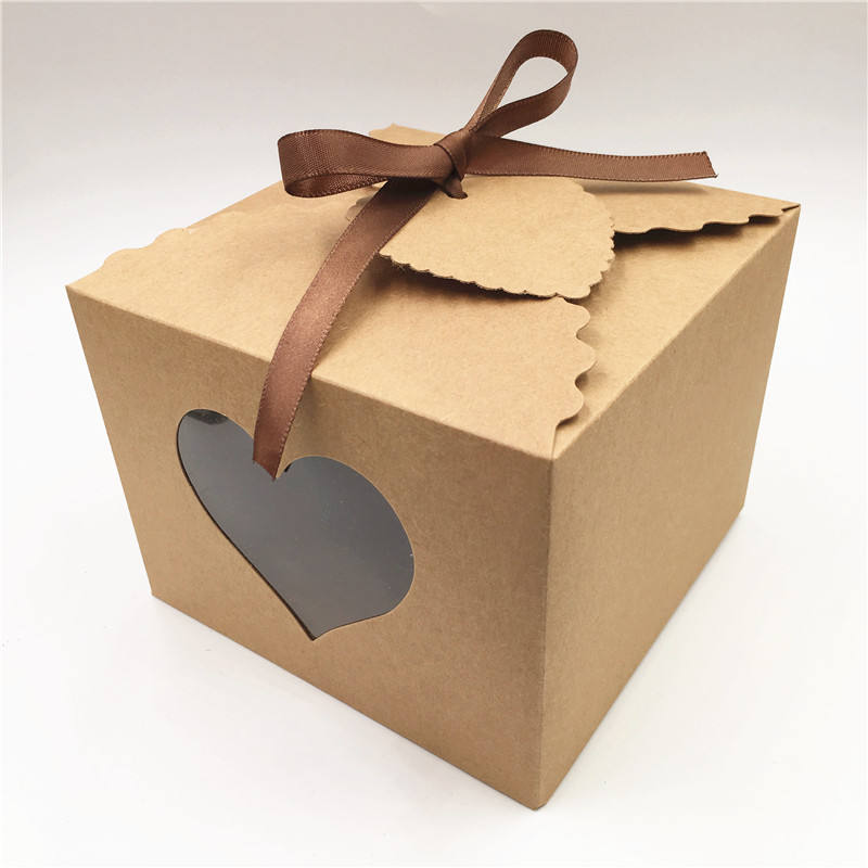 13x13x10cm Brown Paper Cardboard Handmade Cake Packing Boxes With Clear PVC Window Party Wedding Favor Candy Boxes+Tags
