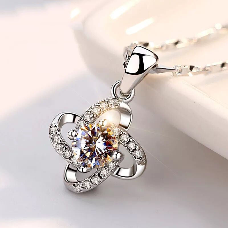 Four-leaf clover Silver Pendant lamp charms, 925 platinum 925 Silver Pendant Diamond Jewelry Pendant