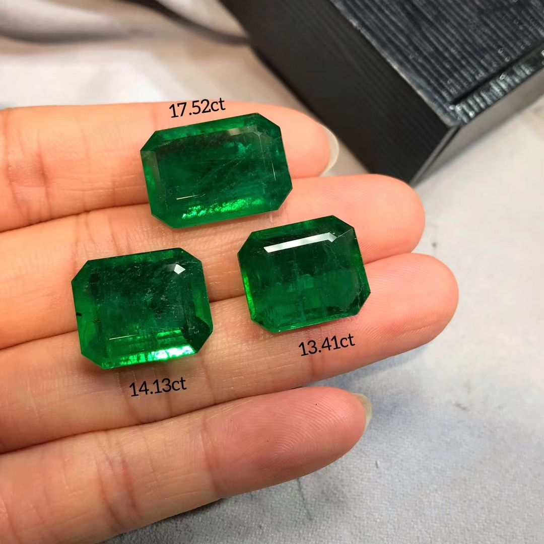 Natural Emerald Rough Stones Loose Gemstone In Zambian precious gems price per carat