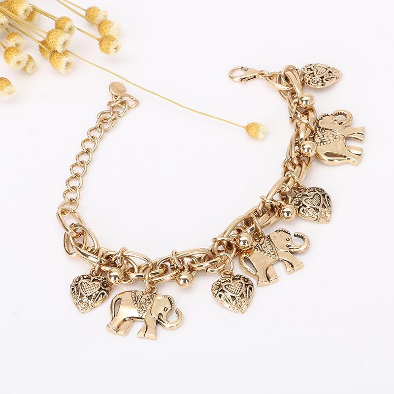 2020 Custom Women Charm Bracelet Fashion Alloy Charms for Bracelet Jewelry Unique Designer Charms for Bracelet Women Accessories