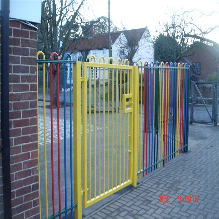 Bow Top Steel Fence Gates for Playgrounds and Play Areas