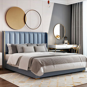 Customized light luxury simple leather bed European real wood bed double King-size queen-size 1.8 master bedroom wedding bed