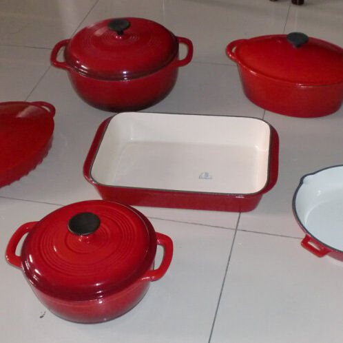LFGB certification red enamel cast iron cookware