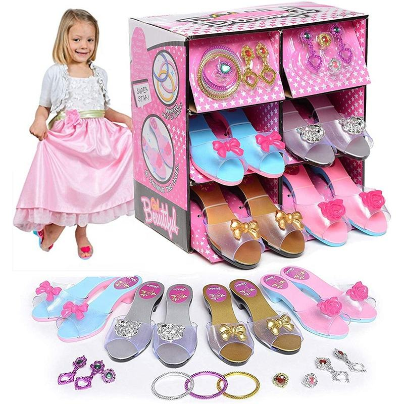 Girls Shoe Play