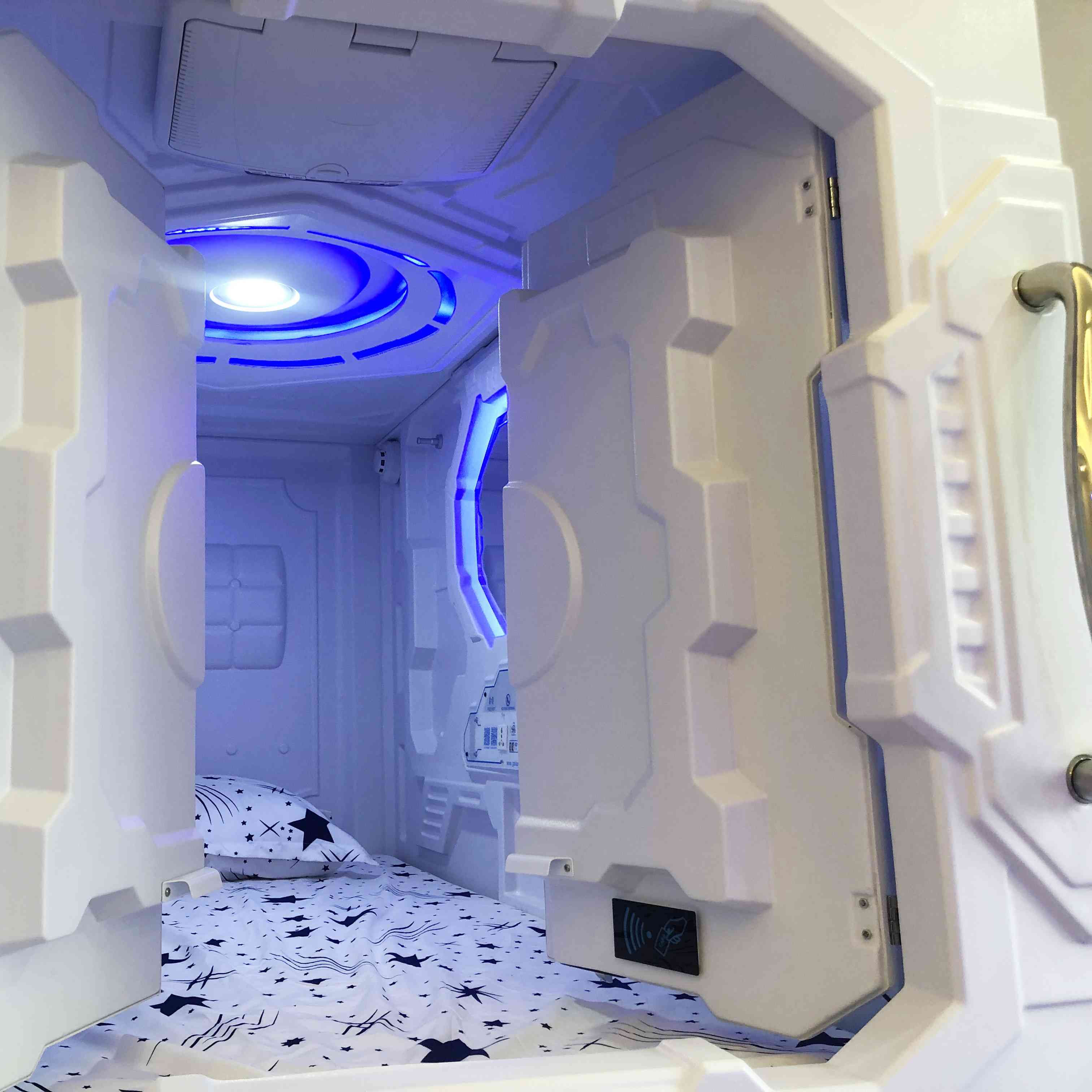 Newest Space Capsule Hotel Bedroom Sets Horizontal Curtain type Capsule Hotel Bed Pod Bunk Beds Sleeping Pods