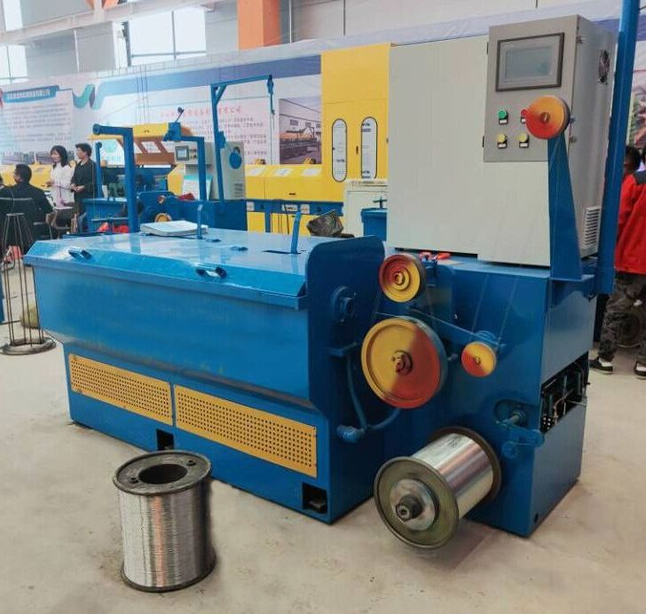 Staple Redrawn Wire Wet Water Tank Drawing Machine For Electro Galvanizing Wire