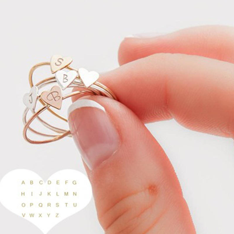 Wholesale Wish Top Selling Fashion Custom Alloy 26 English A-Z Letter Initial Heart Fingers Ring Jewelry For Couple Gift
