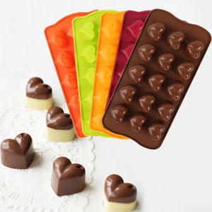 Amazon Hot Sale 15 Cavity Love Hearts Shape Silicone Candy Chocolate Soap Molds