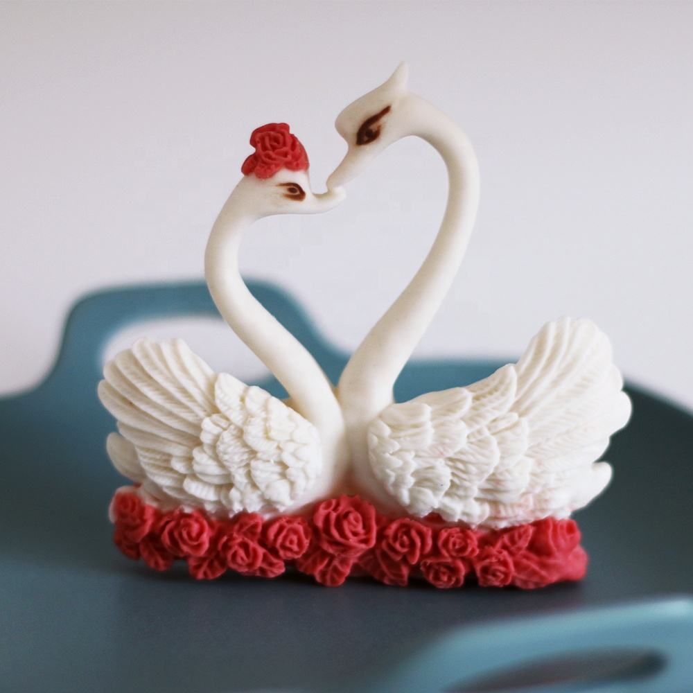 New design fashion wholesale wedding cake decorating tools candy sweet 3D swan silicone fondant chocolate molds