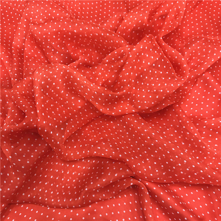 Printed Dots Red Wrinkle Sarees Silk 5.5mm Crinkle Georgette Fabric Pure Silk Fabric for summer clothing