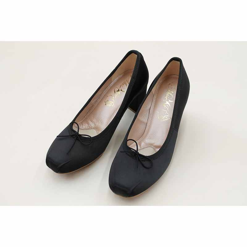 Soft Comfortable Black Dress Shoes Women Pumps Pointed Toe