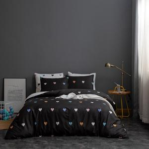 The most popular Design Bedding Set Heart Pattern Printing Duvet Cover Set Printed