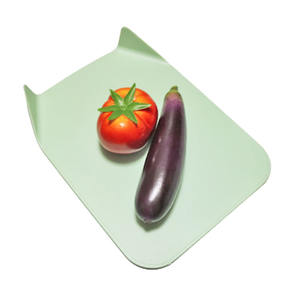 Flexible Green Color Plastic Juice Groove Mat Plastic Chopping Board