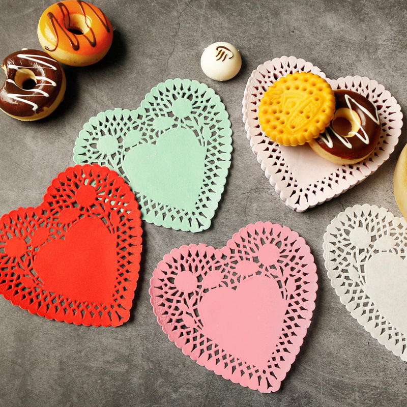 10cm Heart Shape Lace Flower Paper pads Doilies Placemat Crafts for DIY Scrapbooking / Cark Making / Wedding Table Decoration