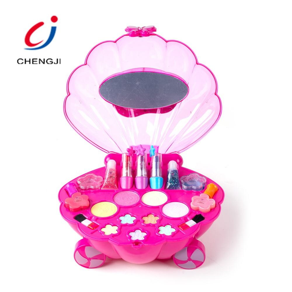 Little girl birthday gift beautiful make up toys in suitcase cosmetic toy set