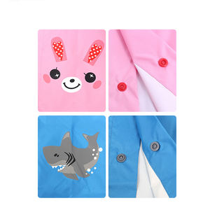 New design cute waterproof rain poncho reusable pocket raincoat poncho for children