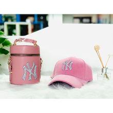 2021 New designer fur ny hats hand bags new york matching purses handbags and hats sets