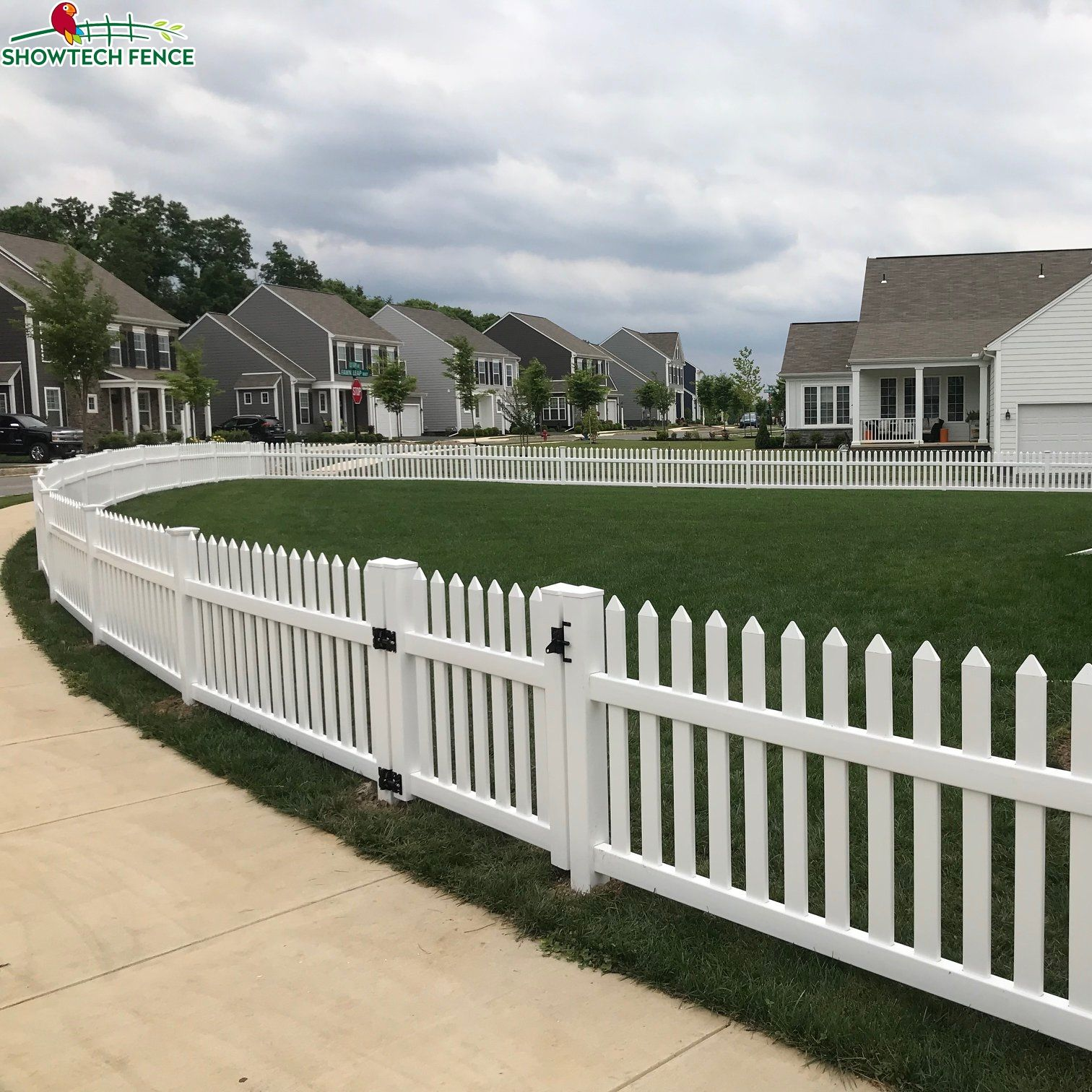 vinyl white picket garden fence post,cedar PVC fence picket panels,vinyl fence gate