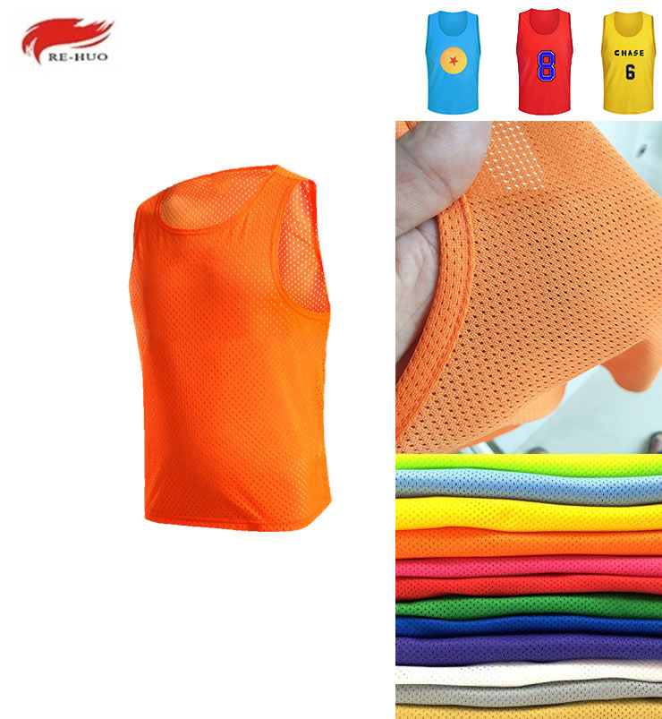 2020 Hot Sale Factory Custom Sleeveless Reversible Soccer Training Vest Sports Practice Football Mesh Bibs