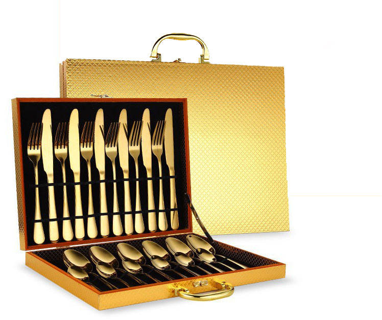 LOW MOQ Bulk Gold 1010 Dinner Wedding Cutlery Wooden case 24PCS Set Stainless Steel Cutlery Set For Gift Banquet
