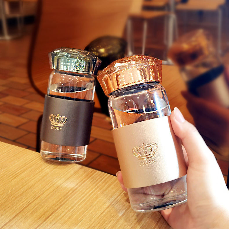 wholesale luxury diamond crown cap double wall glass water bottle with sleeve