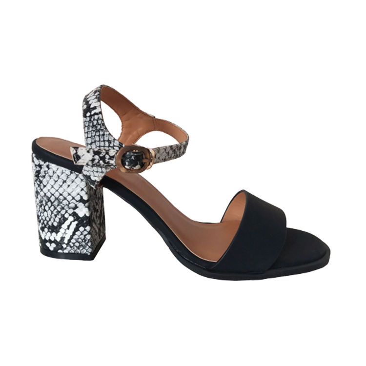 New Arrival Girls Wholesale Fashion Sandals Female Flat for Women