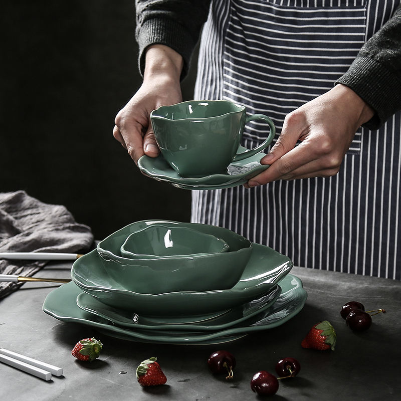 Ceramic Dinnerware Sets Food Dish Plates Rice Bowl Irregular Large Size Plates Green Porcelain Plate Steak Eco-friend