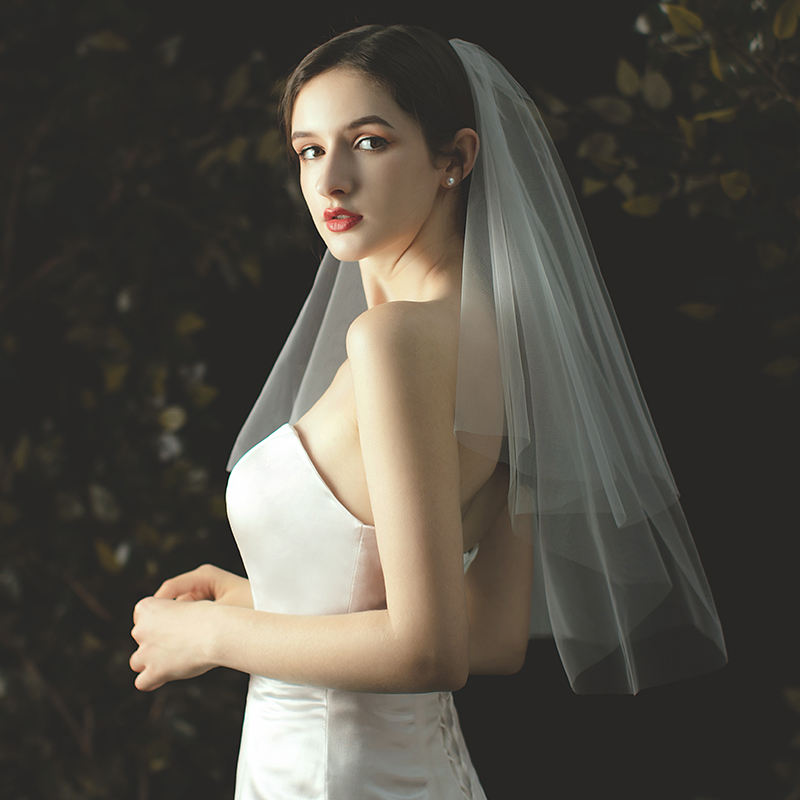 V000W1-39 two layer fingertip length veil with a scalloped edge wedding veil bridal veil