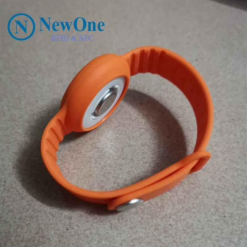 social distancing alarm buzzer wristband nfc rfid band