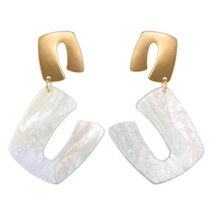 Personality fashion U acrylic plastic earrings for women