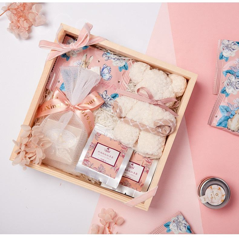 Cocostyles bespoke handmade premium wooden box baby gift set with ribbon for British style new born baby shower gift