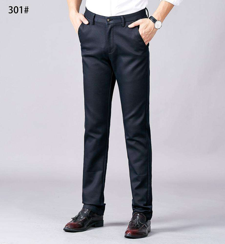Essentials Men's Slim-Fit Wrinkle-Resistant Flat-Front Chino Pant