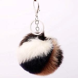 2020 new Fashion Colorful rainbow red white Pompom Keychain Faux Fur Key Chain Ball Keychain