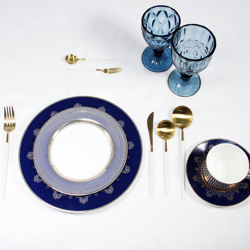 Antique dinnerware sets china blue and white pattern dinner plates sets fine china dinnerware with gold rim