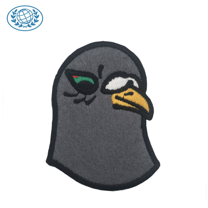 Low MOQ Sew on Embroidery Custom 3D Logo Velvet Plain Fabric Felt Patches Embroidered Patch for Garment Accessories