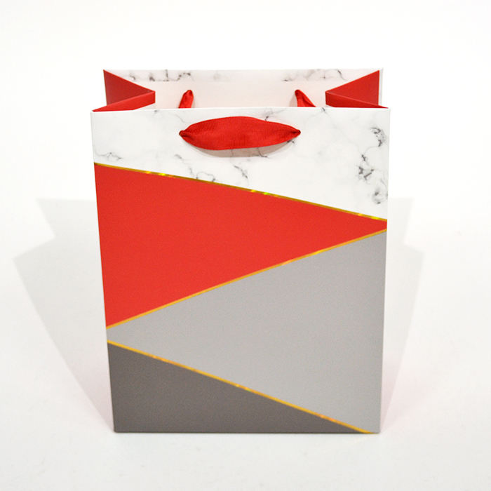 Wholesale Elegant Red Marble Printing Gift Packaging Paper Bag With Ribbon Medium Size
