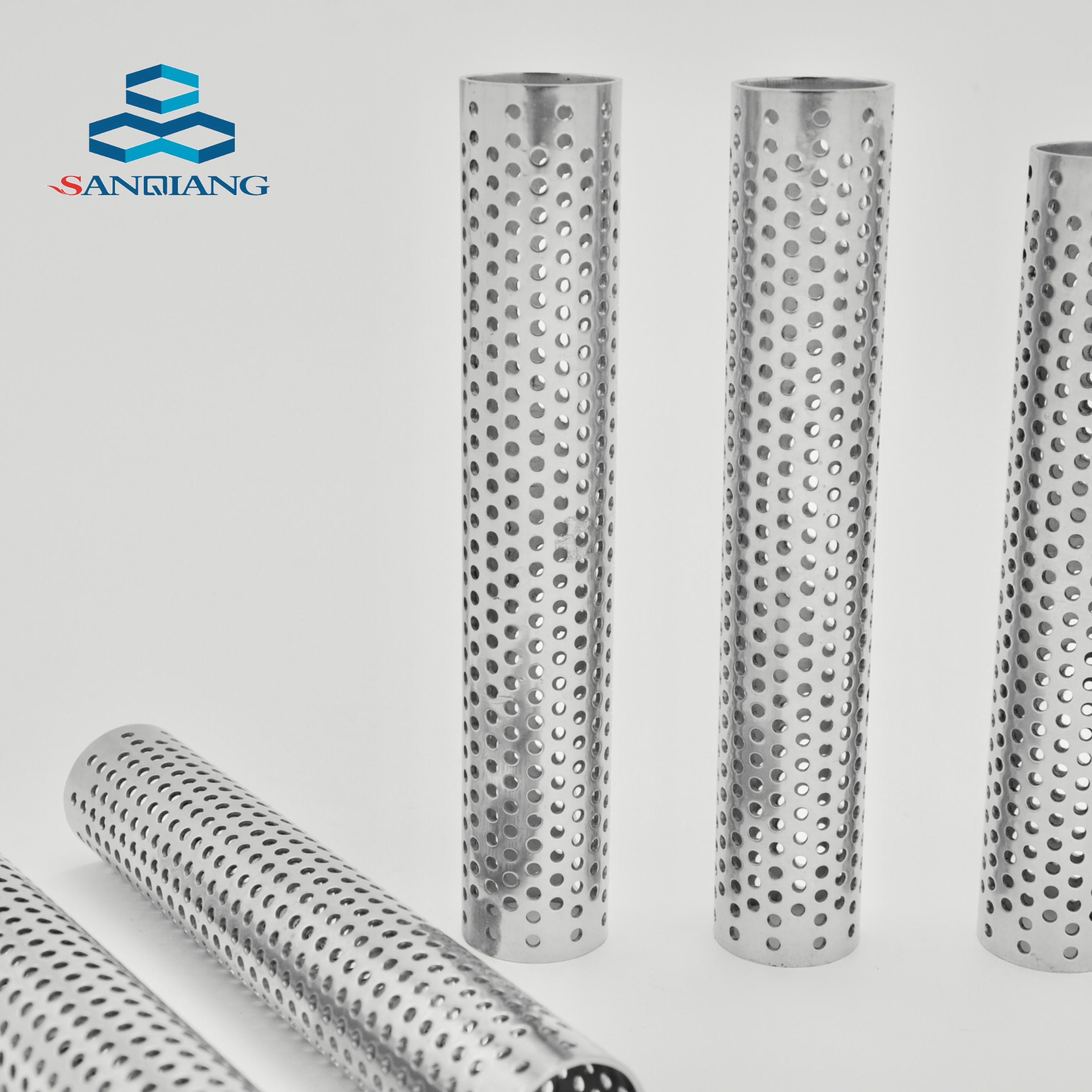 Factory Price Cylinder Filter Steel Perforated Metal Mesh Stainless Filter Tube Perforated Pipe For Water Well
