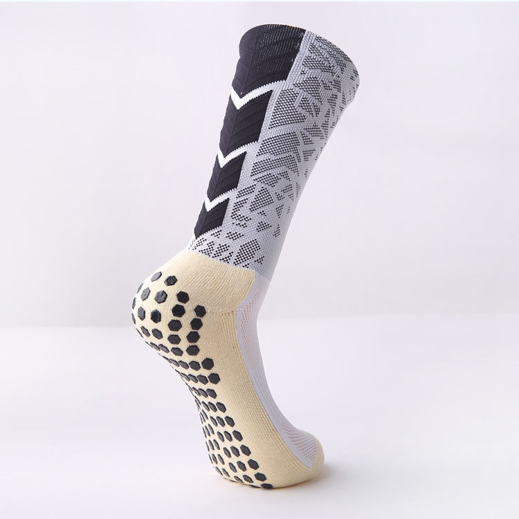 Non Slip Antislip Athletic Black White Athletic Basketball Soccer Grip Sock Crew Anti-Slip Breathable Mid Calf Sports Socks